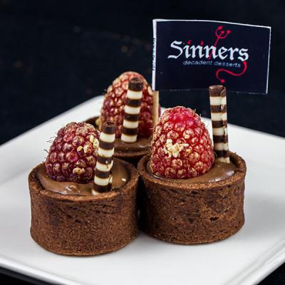 chocolate-raspberry-tarts-sinners