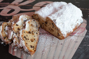 stollen (german christmas bread) (2)