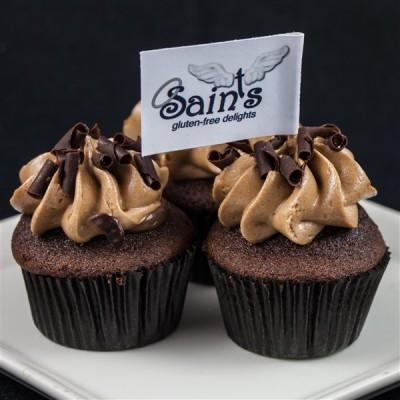 mini chocolate chocolate cupcakes (2)