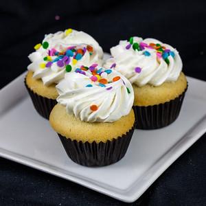 mini-vanilla-vanilla-cupcakes